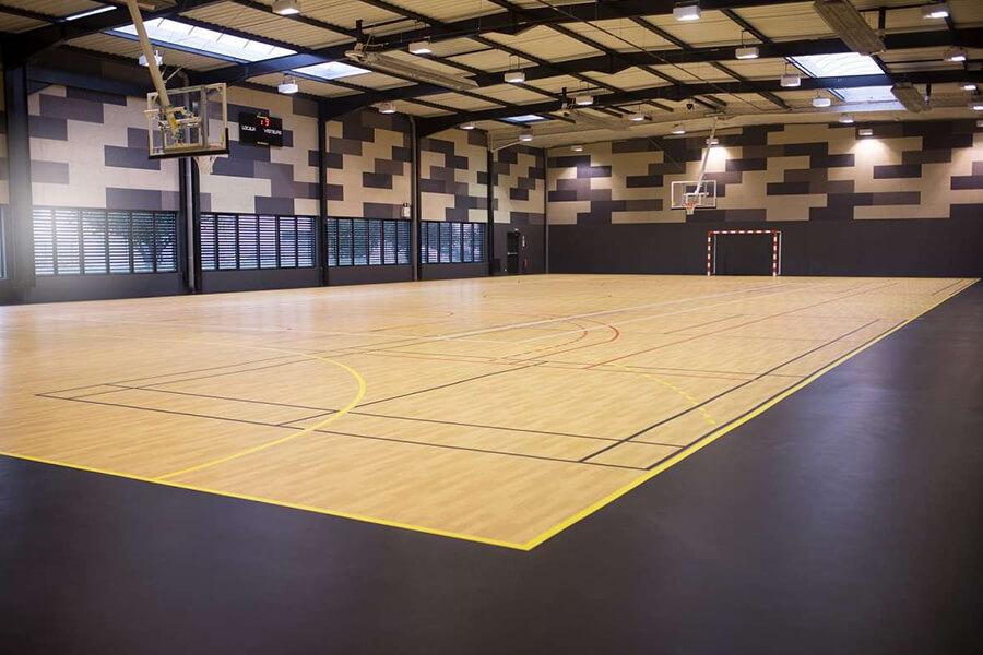 Recreation 45 Lantai Olahraga