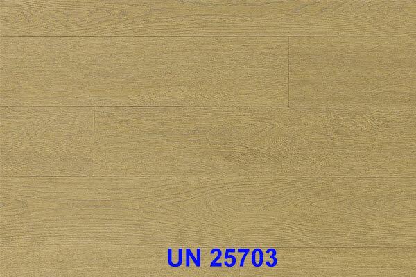 UN 25703